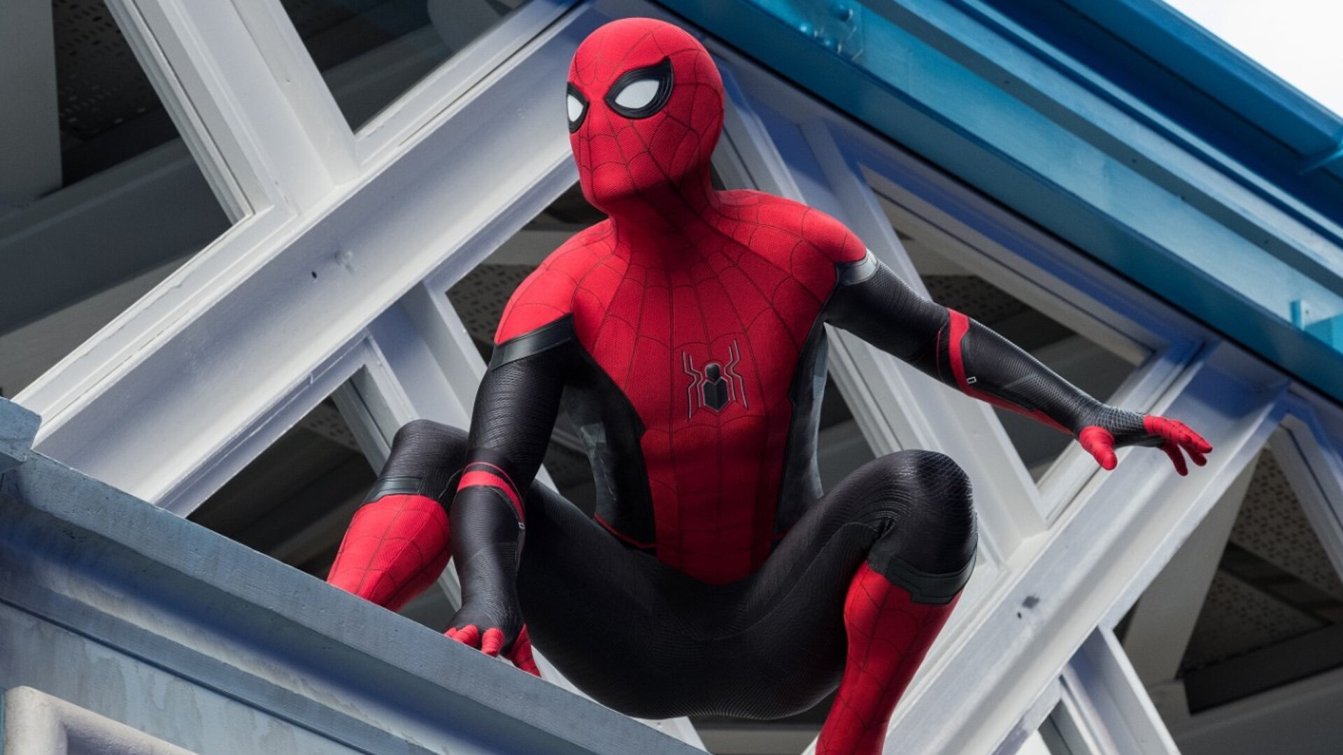 Spider-Man: Miles Morales: See Peter and Miles in chat